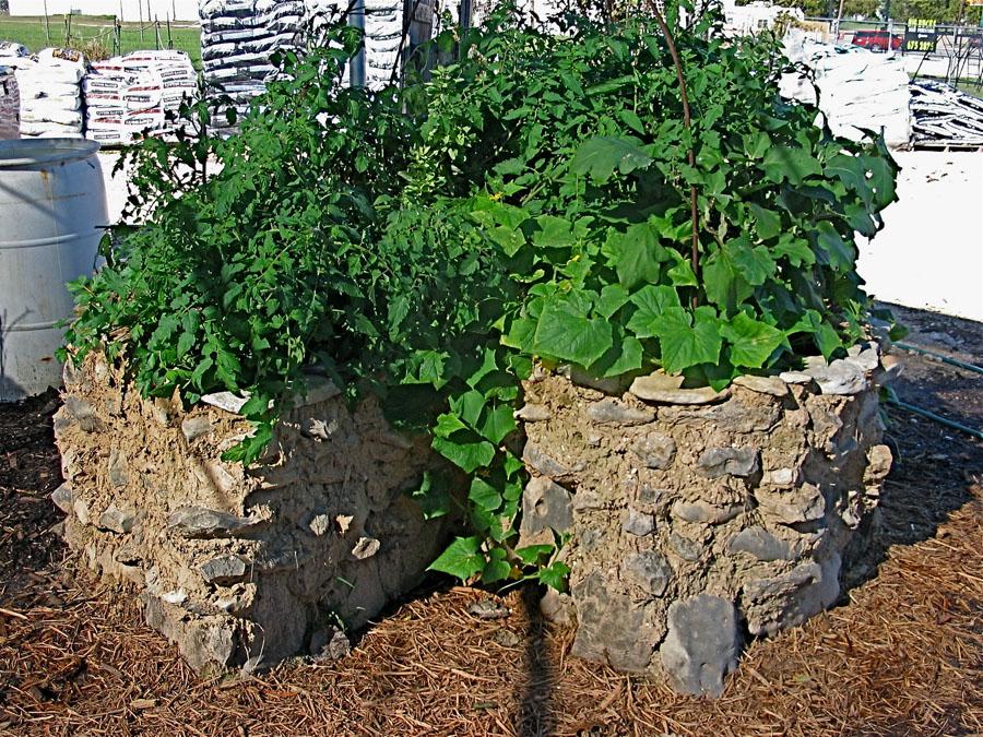Keyhole Gardens   FoundOnWeb