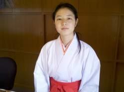JapanTripIkutaShrineMaiden2012-11-20 12.22.02_1